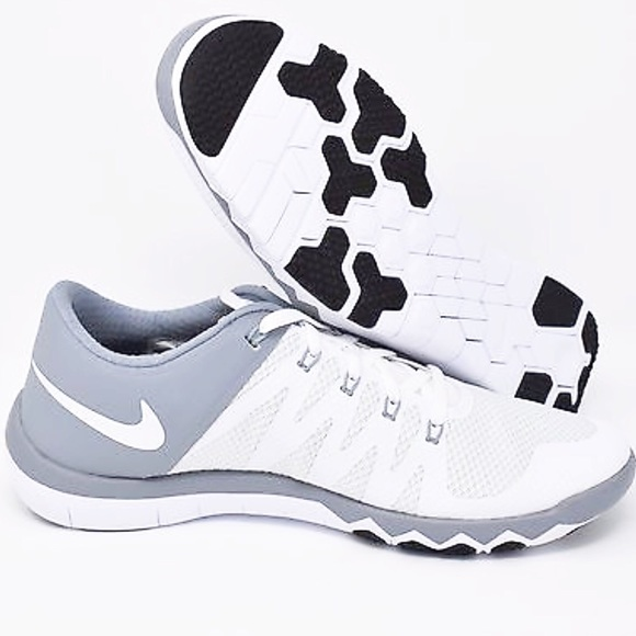 fa31b8e432c44 NIKE MENS FREE TRAINER 5.0 V6 Shoes. M 5bbb73a104ef504d87803bdb